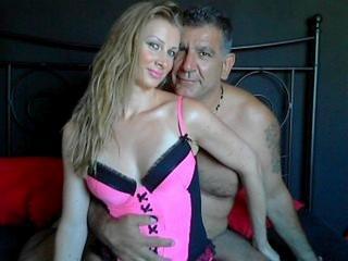 Horny-Couple